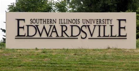 Of Southern Illinois Mba by Southern Illinois Edwardsville Assistant