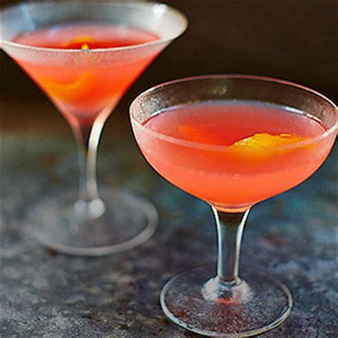 martini cosmo cosmopolitan martini drink