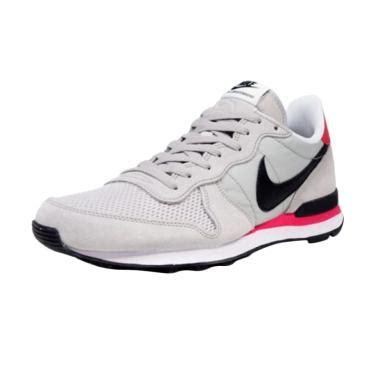Sepatu Sport Pria Nike Internasionalist sepatu nike jual daftar harga nike terbaru 2018 blibli