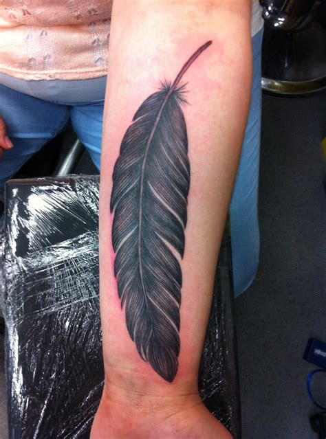 raven feather tattoo designs feather tattoos designs ideas and meaning tattoos for you