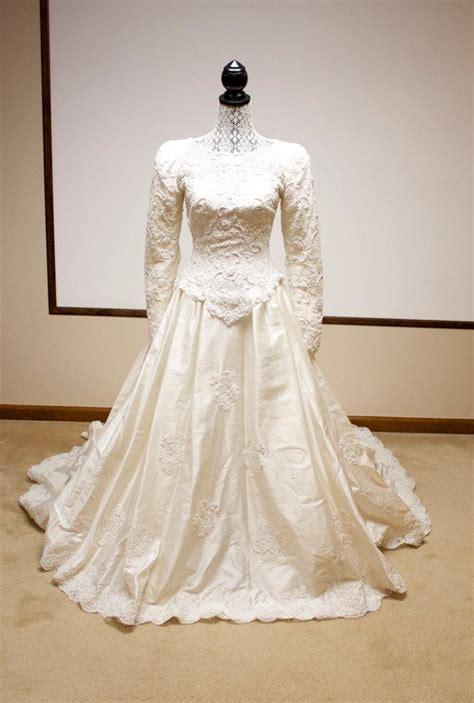 vintage beaded wedding dress ivory beaded vintage flapper s wedding dress the great