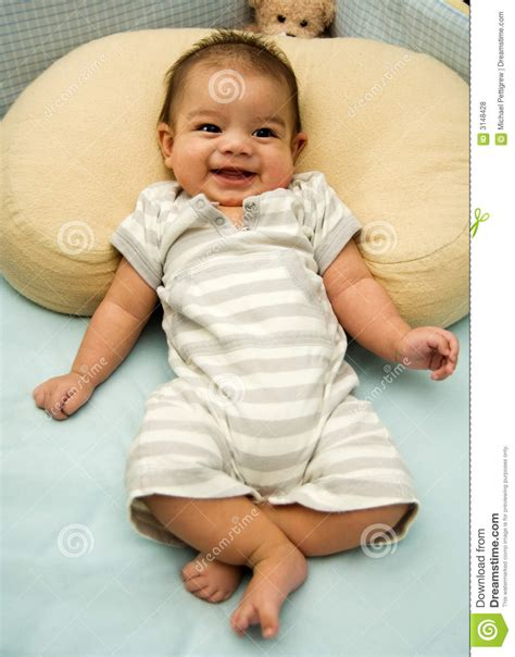 happy baby in crib royalty free stock photos image 3148428