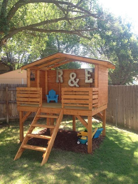 backyard play forts best 25 play fort ideas on pinterest