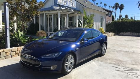 Tesla S Safety Tesla Adds Safety Provisions To Summon Self Driving
