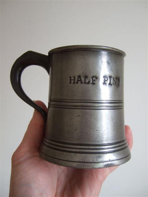 Sarung Bhm Mesres 2 c1820 george iv antique half pint pewter tankard measure