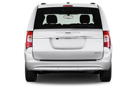 2013 Chrysler Town And Country Reviews by 2013 Chrysler Town Country Reviews And Rating Motor Trend