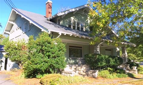 gold coast home features roots link preservation