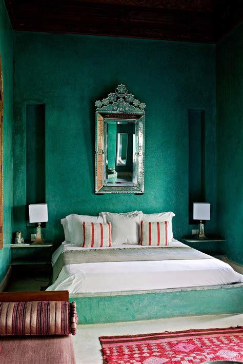 emerald green bedroom 10 stunnning emerald green bedroom designs master bedroom ideas