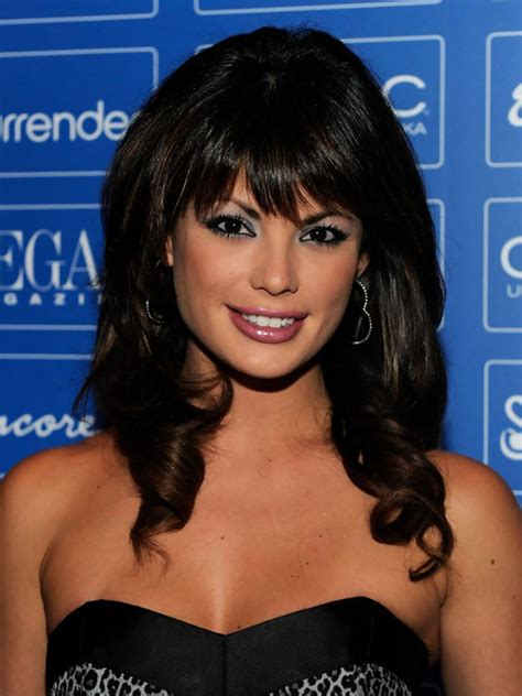 Medium Length Hairstyles With Bangs by 20 Popular Medium Length Hairstyles With Bangs Magment