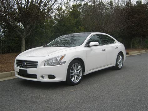 custom nissan maxima 2010 2010 nissan maxima white with black rims imgkid com