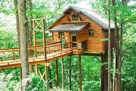 three houses rustic treehouse lodging in berlin ohio