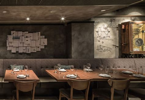 Urban Modern Interior Design by Vintage Restaurant Decor Interiorzine