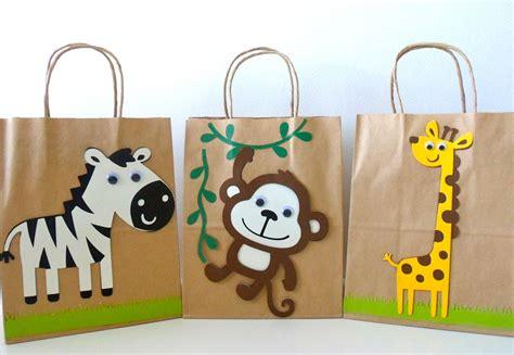 Paper Bag Pinata Bag Goodies Bag Kantong Friends safari goodie bag