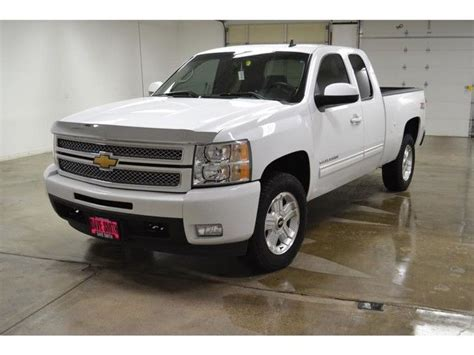 12 chevy silverado 1500 ltz z71 extended cab 4x4 heated leather seats sunroof