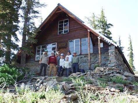 L Hut by Tackling A To Reach Repair Near Peak