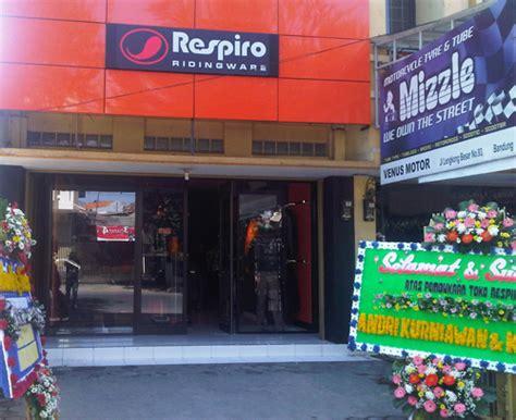 Distributor Jas Hujan Sepatu Sarung Sepatu Cover Shoes Anti Air Co lokasi toko jaket motor respiro jaket anti angin