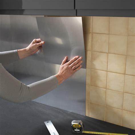 plaque adh駸ive inox cuisine revetement mural cuisine adhesif 10 plaque inox cuisine