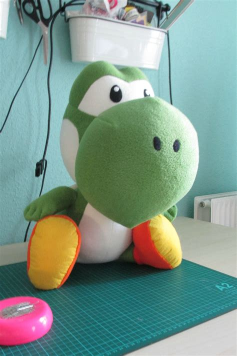 yoshi plush template yoshi plush and pillow sewing projects
