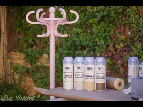 chalk paint en spray perchero en degradado con chalk paint en spray pinty plus