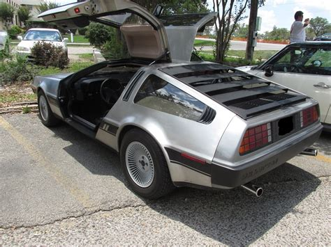 delorean museum a 1981 quot dmc 12 quot delorean auto museum