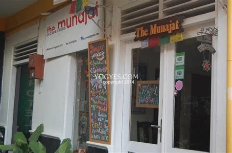 munajat backpacker  hotel murah  malioboro