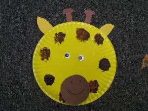Giraffe Paper Plate Craft - read giraffes can t by giles andreae education
