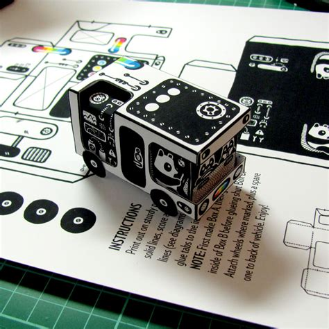 Black And White Papercraft - heiko windisch illustration a black and white world