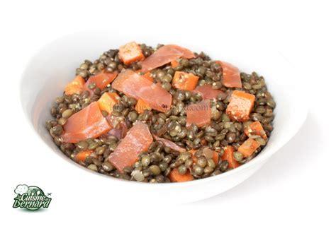 cuisiner les 駱inards frais la cuisine de bernard salade de lentilles au saumon fum 233