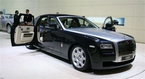 roll royce nigeria rolls royce entangled in nigeria s corruption investigation