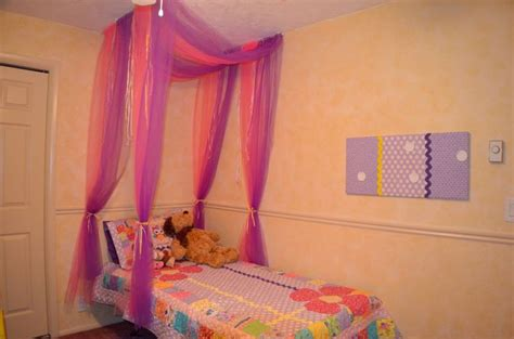 little girl bed canopy little girl s bed with tulle canopy for the home