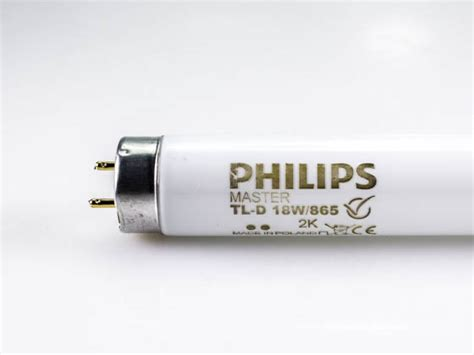 Lu Tl Led Philips 18 Watt philips 18 watt 24 inch t8 daylight white fluorescent