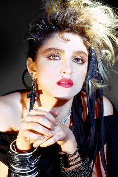 la moda de los 80'¡a la cabeza!