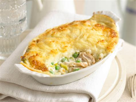 simple cottage pie recipe chicken cottage pie recipe easy food baskets recipes