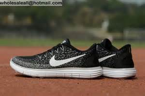 Nike free rn distance black grey white mens amp womens shoes 12335