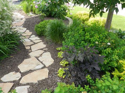 Sandstone Gardens by Sandstone Garden Path In Mulch Not Garden Ideas