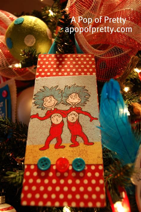 pop up talking grinch my dr seuss tree a pop of pretty canadian home decorating st s