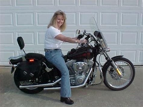 Harley Davidson For Beginners by S Harley Davidson Sportster 883