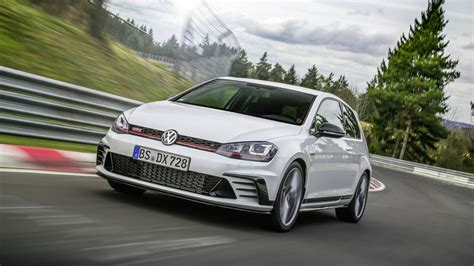 fastest volkswagen car vw golf gti clubsport s unveiled as the fastest front