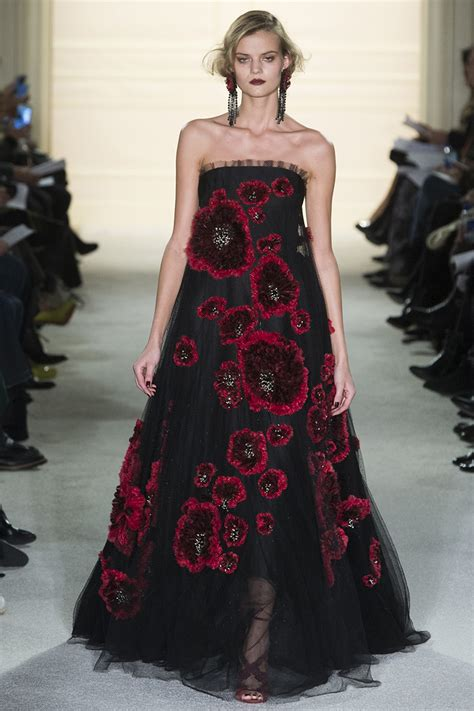 Catwalk To Carpet Nicky In Marchesa by The Best Carpet Worthy Looks At Marchesa Fall 2015 Vogue