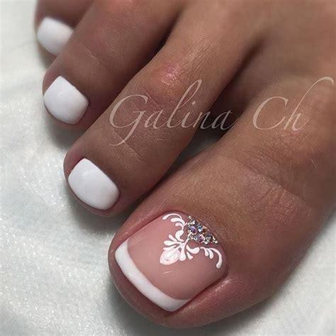 wedding toe nail art design white on white french pedicure french toe nail art toe nail art pinterest french