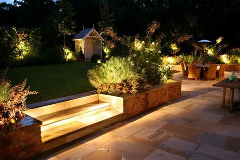 40 Ideas Of How To Design A Garden With Clean Lines And Outdoor Backyard Lighting Ideas