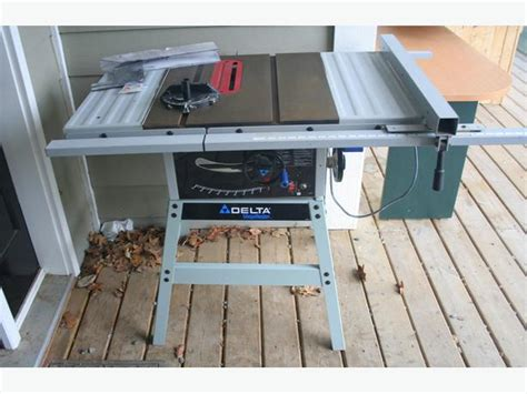 Used Delta Table Saw by Delta Ts300 Shopmaster 10 Quot Stationary Table Saw Crofton