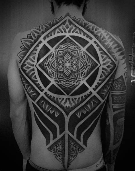 mandala tattoo review 40 blackwork tattoos that go great together with spf