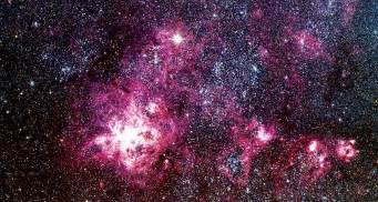 Super Bright Light 30 Years Later Supernova 1987a Is Still Sharing Secrets