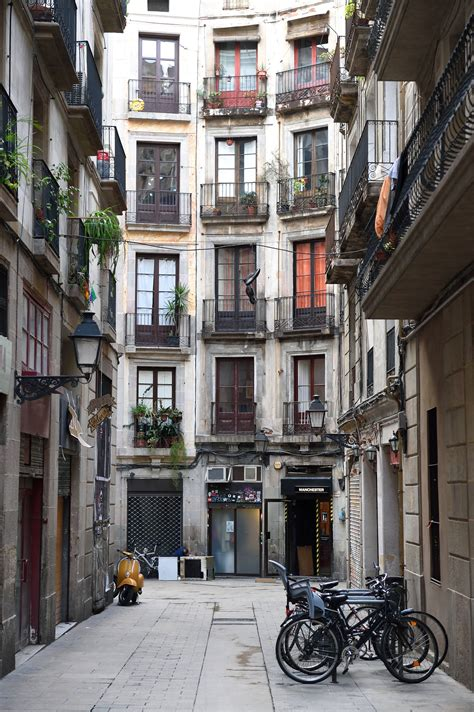 barcelona quarters the 10 best restaurants in the gothic quarter barcelona