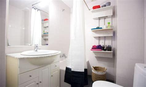 Bathroom Decor Ideas Diy by Actualizar Ba 241 O Viejo Sin Hacer Obras Decogarden