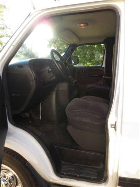 find   dodge ram wagon  maxi  passenger van