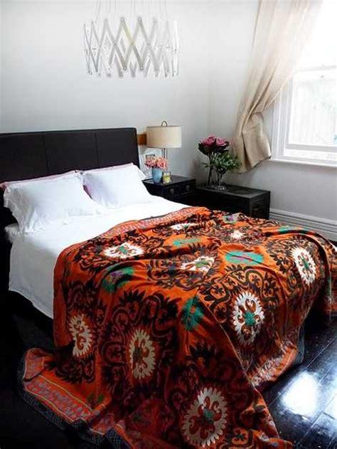 latest trends  decorating suzani textiles  bold