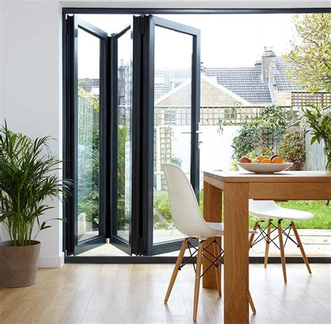 Concertina Patio Doors 1000 Ideas About Folding Doors On Bi Folding Doors Folding Doors And