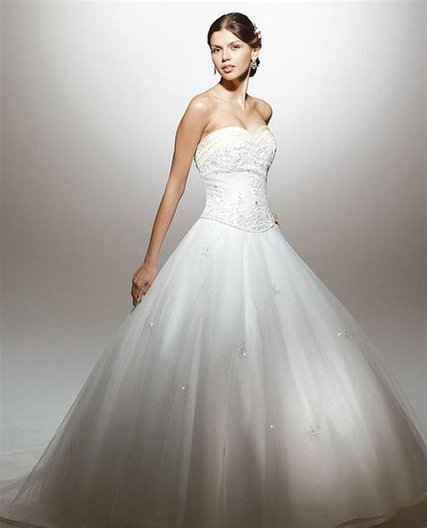 White Wedding Gowns by The Meaning Of The White Wedding Gown Weddingelation